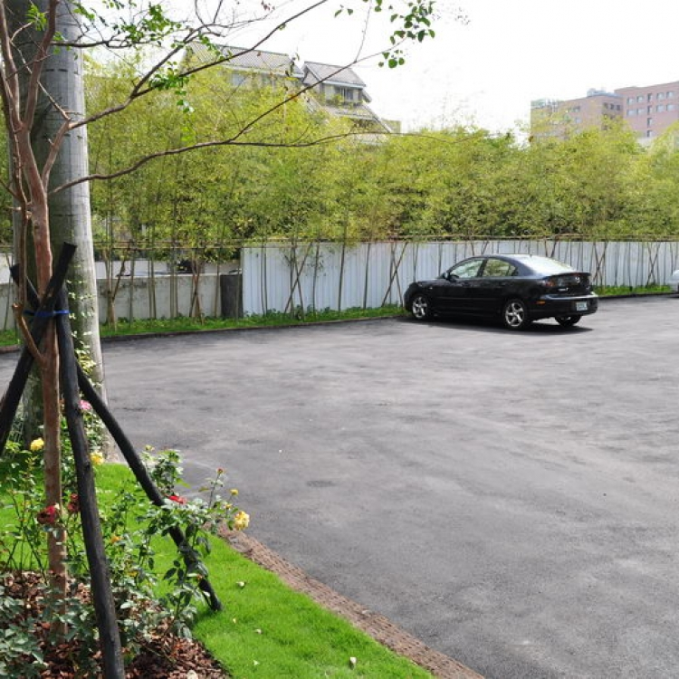 客戶專用停車場